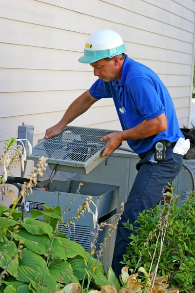 Some Air Conditioning Symptoms of Bigger Problems | RKM Heating